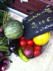 Grøntsager til en ratatouille - fra market i Lyon 2014. Foto Klinken